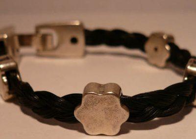 Armband van paardenhaar     € 49.95
