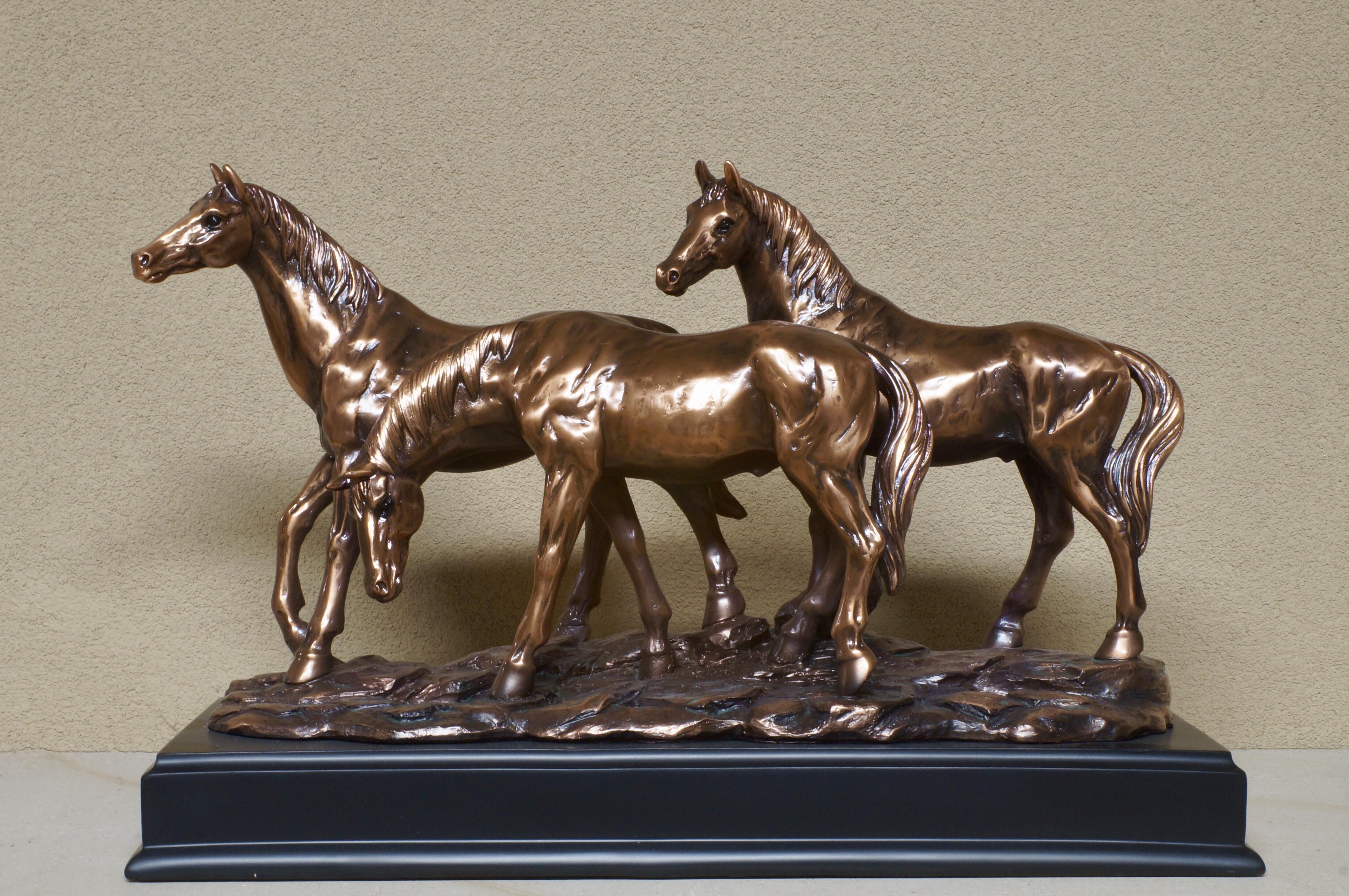 Voorbeeld van een paardenurn uit de collectie van Paardencrematorium Het Hoeksche Hof